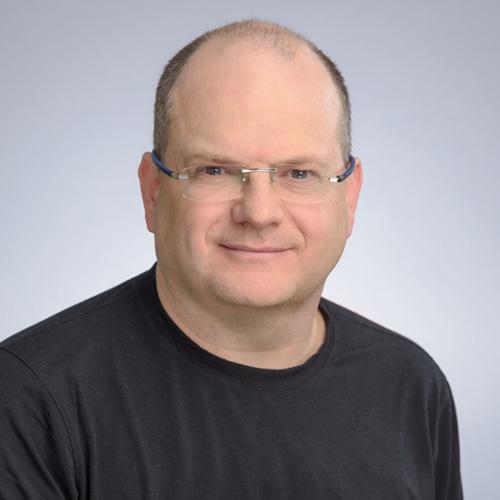 Headshot of Gil Shwed.